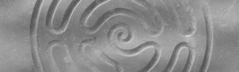 Os Labirintos da Alma - Uma Jornada Arquetípica Nazaré Uniluz