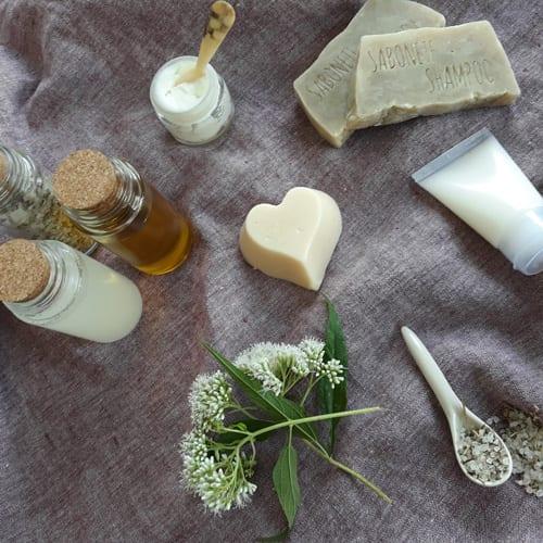Cosmética da Terra: A Alquimia de Cremes, Manteigas, Pomadas e Bálsamos